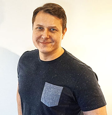 dr Dominik Kaczmarek